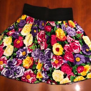 Dresses & Skirts - 💥New Item💥 Sixteen Brand Mini skirt (s)